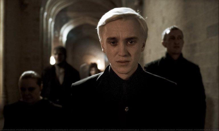 Draco-Malfoy-draco-malfoy-17165222-2100-1266